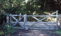 Tamar Valley Gorge: Gate